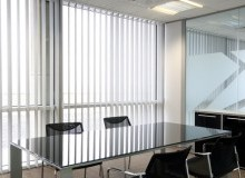 Kwikfynd Glass Roof Blinds akolele