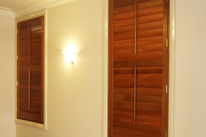 Signature Blinds Louvre Shutters 720 480